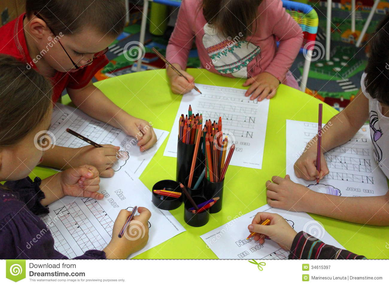 essay for nursery kids Working with children essay we make sure that we provide the children with a happy and safe environment that they are happy to come to and if the children are happy at nursery then this means that they can enjoy themselves and also it helps them to achieve and learn more while at nursery.