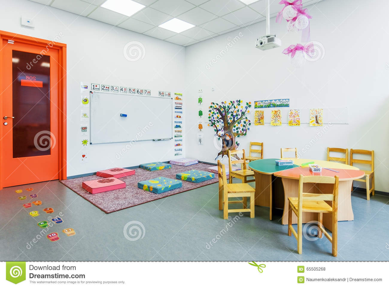 Modern Classroom For Kids ~ Preschool class english of the academy modern education