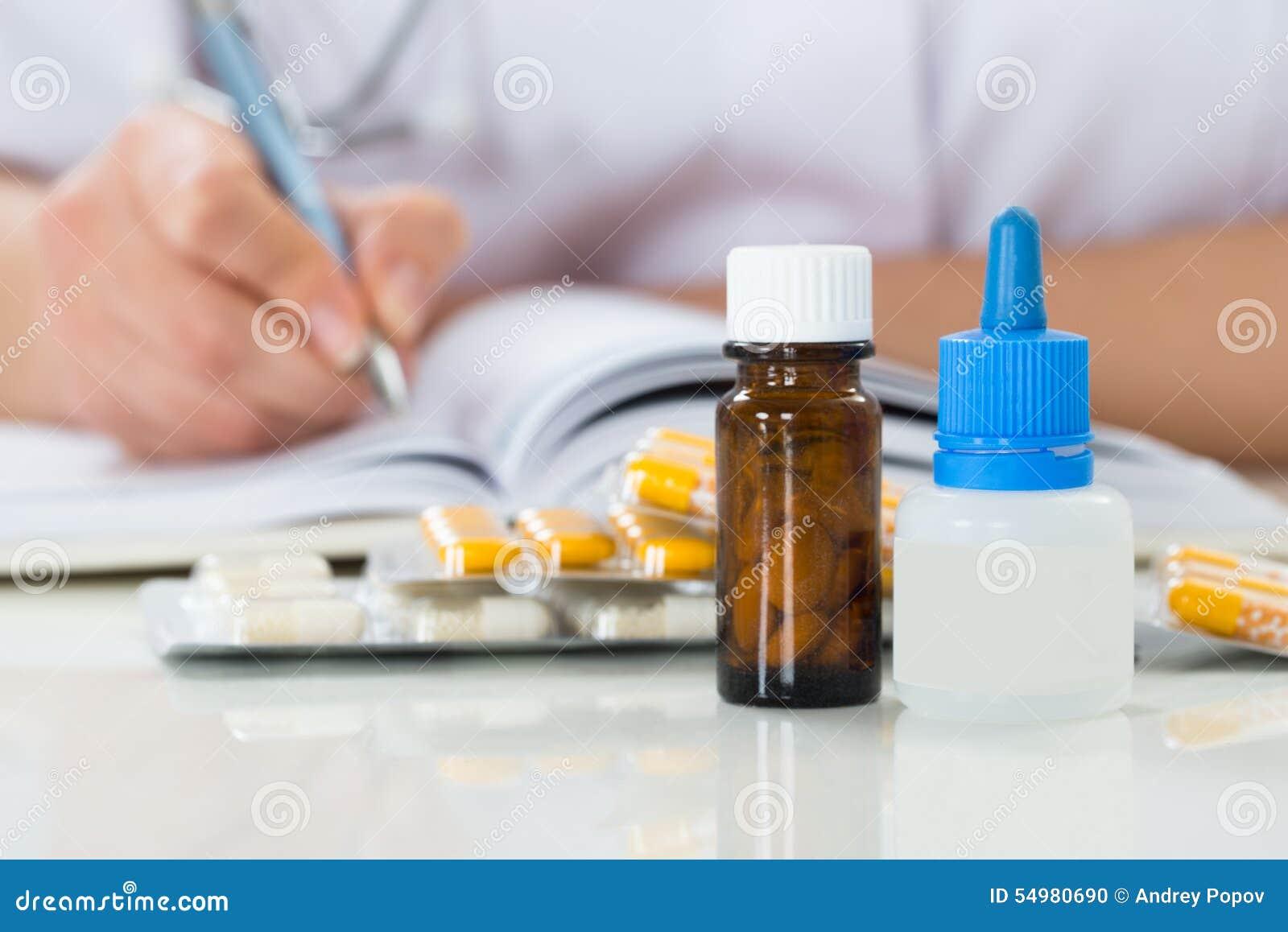Prescrição da escrita do doutor na prancheta