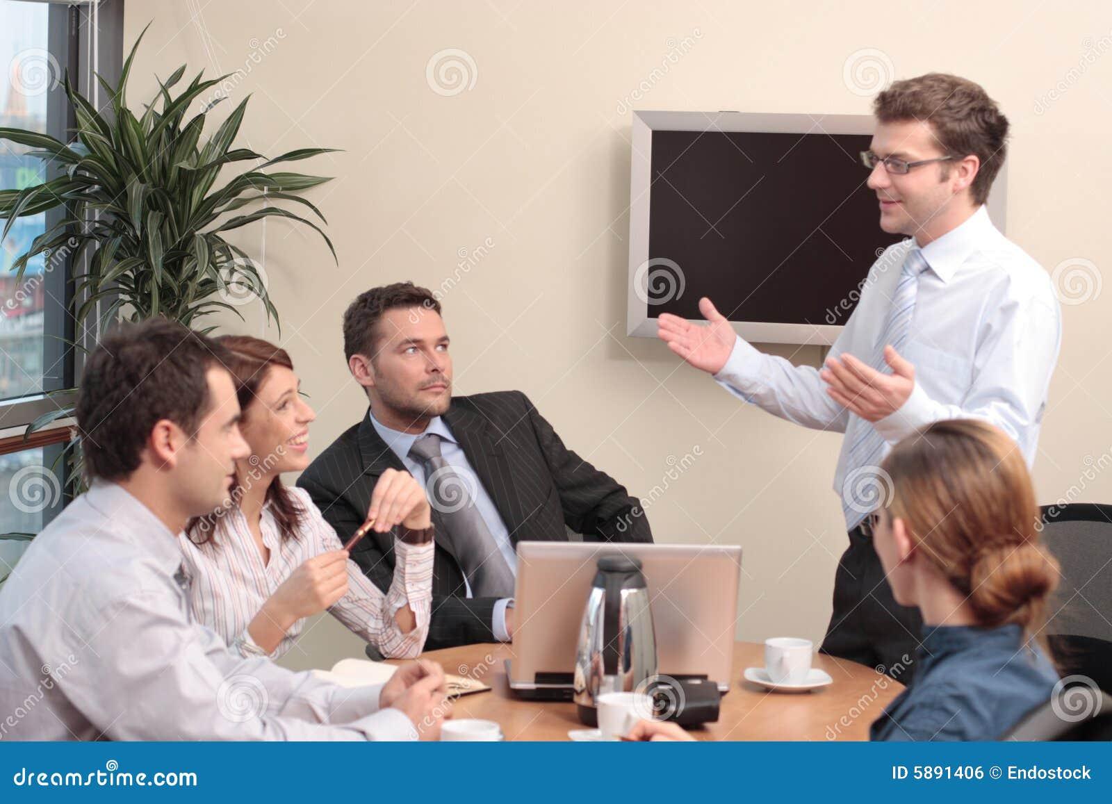 Presentation för fem folk