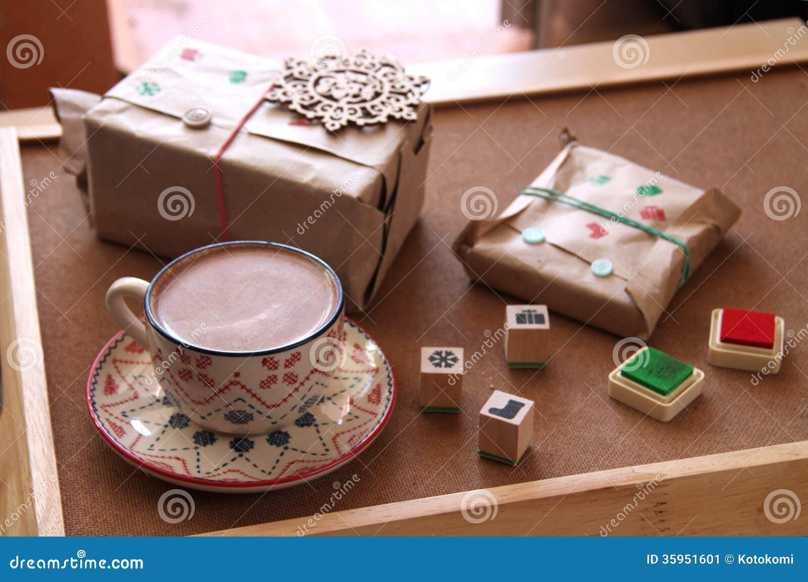 Presentes y regalos envueltos