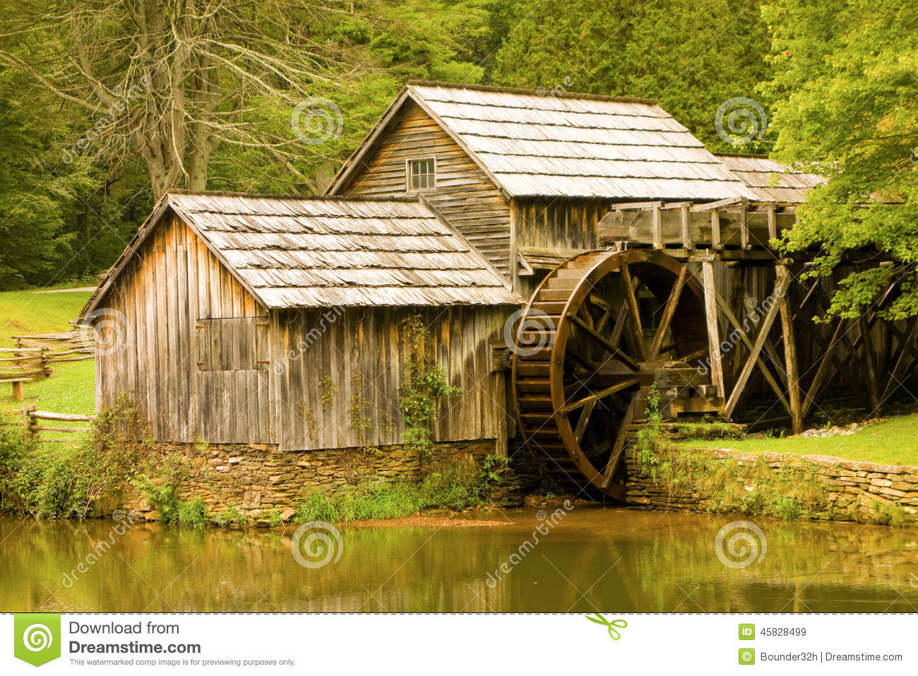 Wooden Roof Shingles A Preserved Watermill From Pioneer Days Stock Photo ...