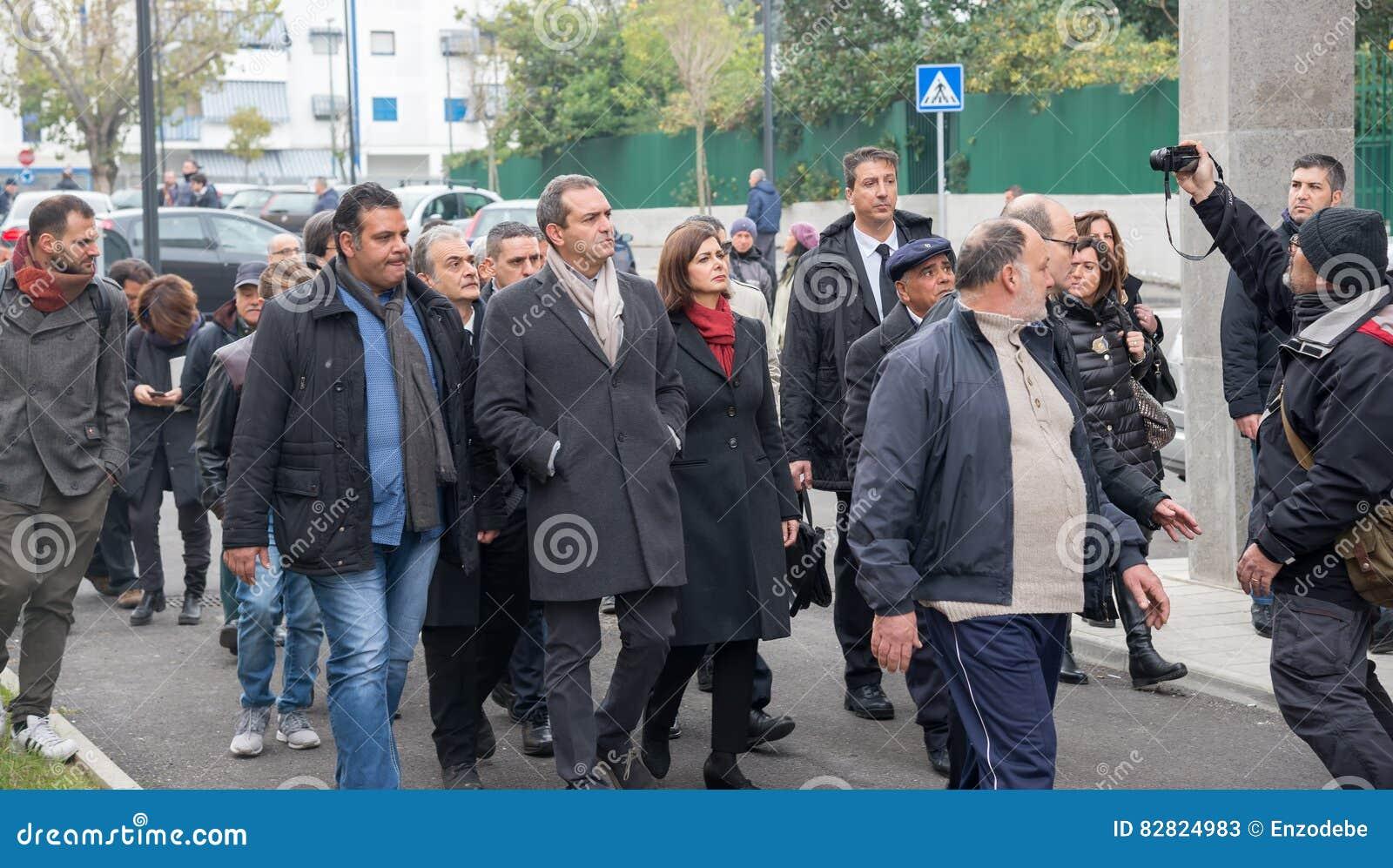 italian people meet
