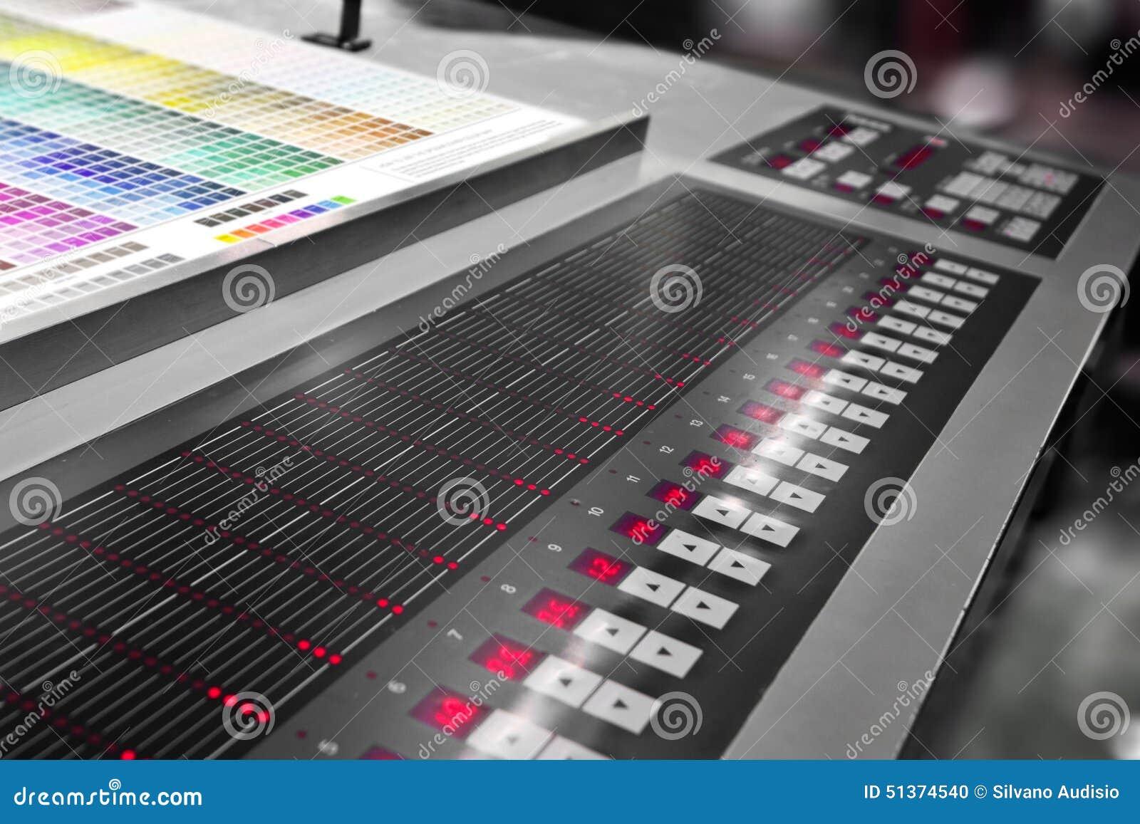 Presione el funcionamiento de la impresora en la tabla