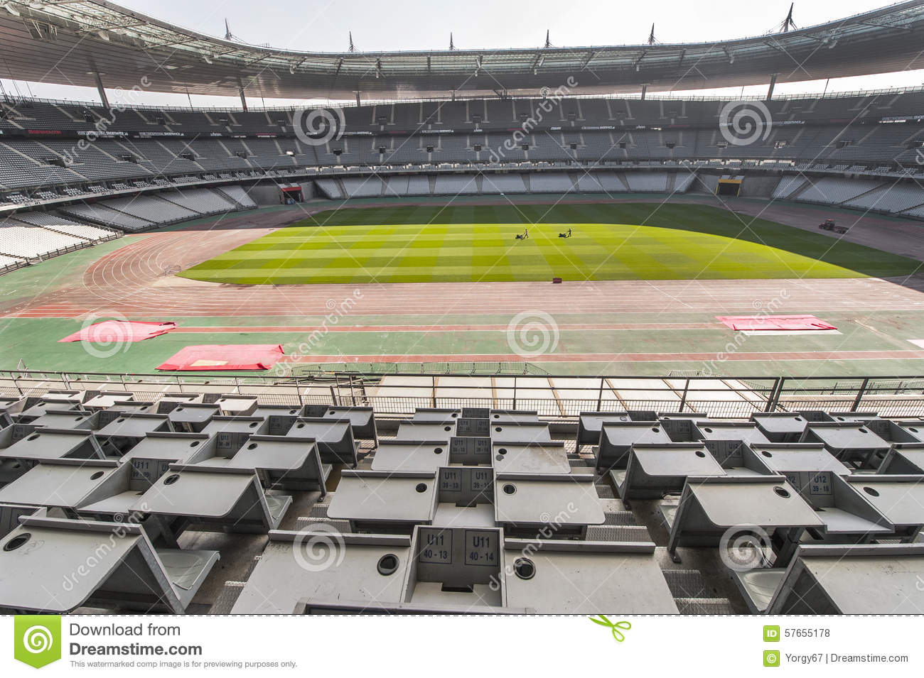 Press box at stade de france editorial stock photo image 57655178 - Tribune vip stade de france ...