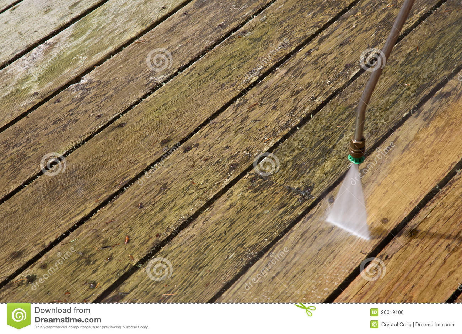Pressione che lava piattaforma di legno esterna