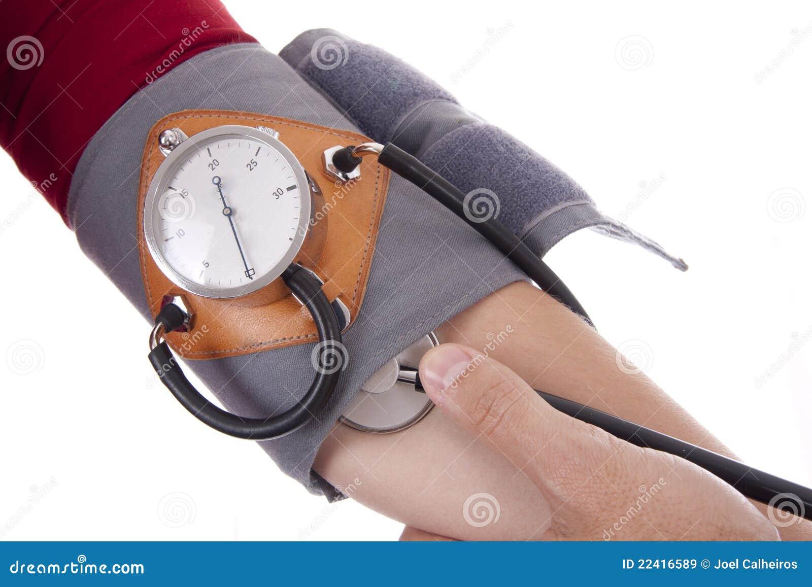 Pressione Sanguigna Di Misurazione Del Medico Immagine..