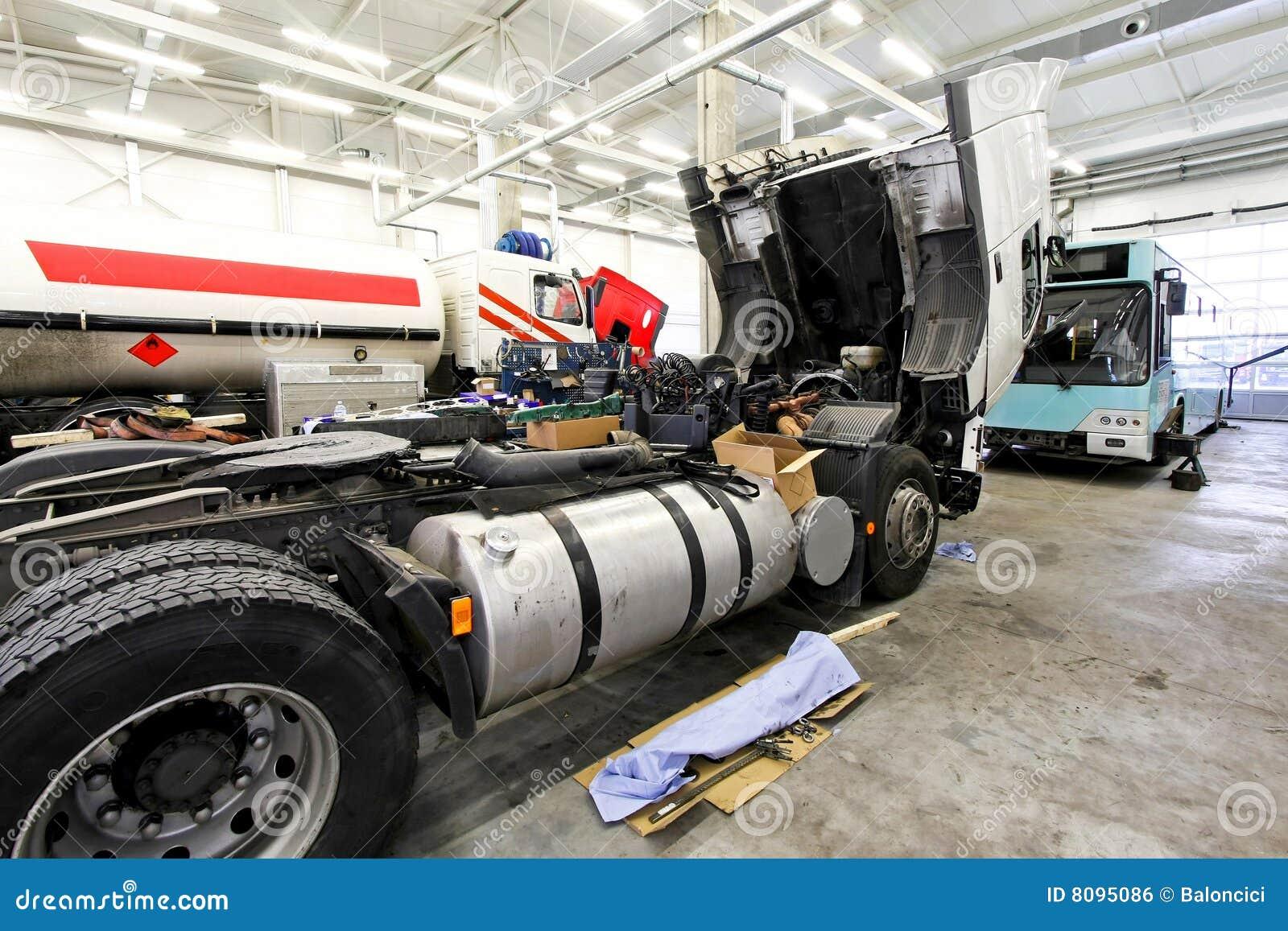 Preste serviços de manutenção a caminhões