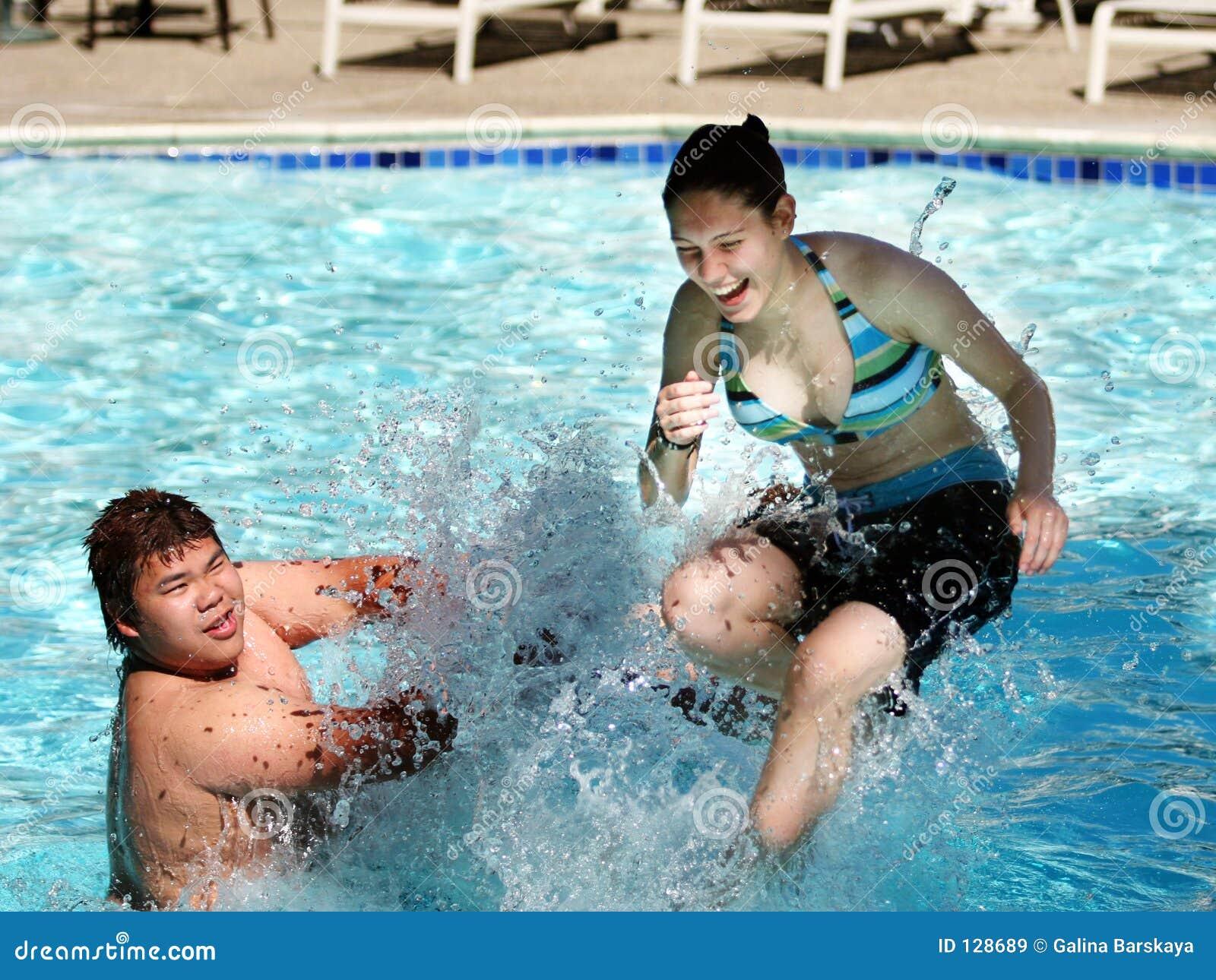 Pret in de pool