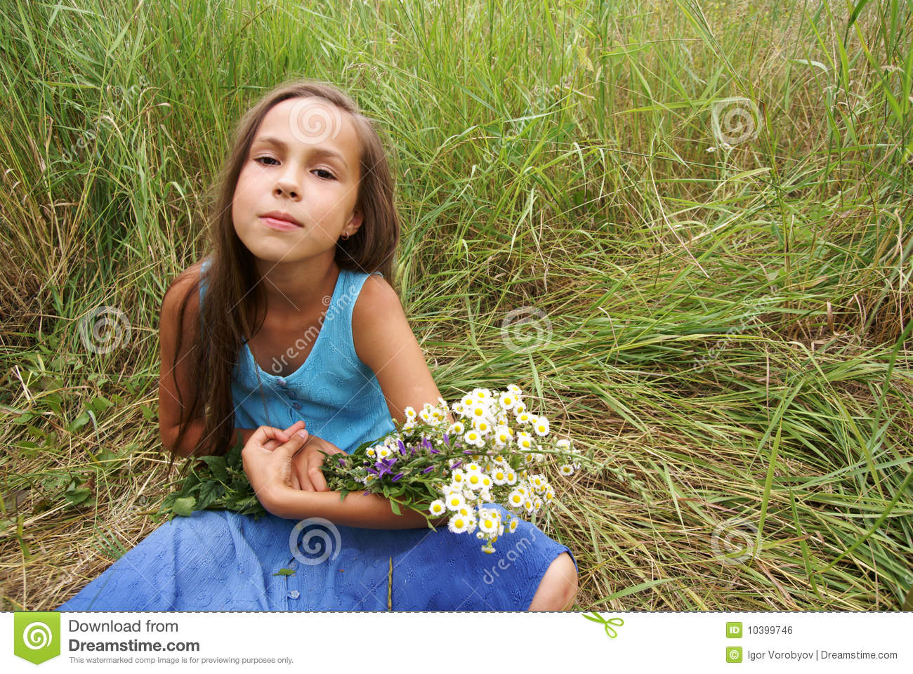Preteen Girl Grass Background Stock Images - Download 452