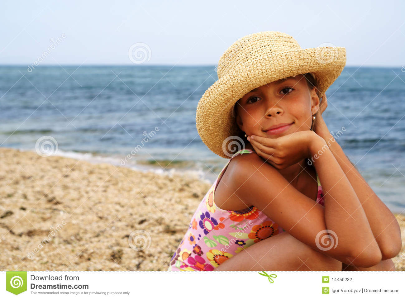 Kitchen Cabinet Degreaser Preteen Girl On Sea Beach Stock Photo And Royalty Free