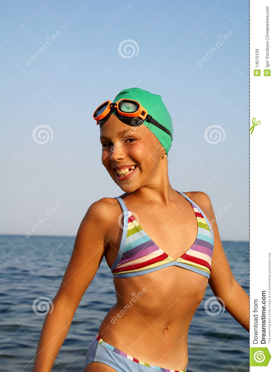 preteen naked girl Preteen girl swimsuit rear view Stock Photos - Page 1 ...