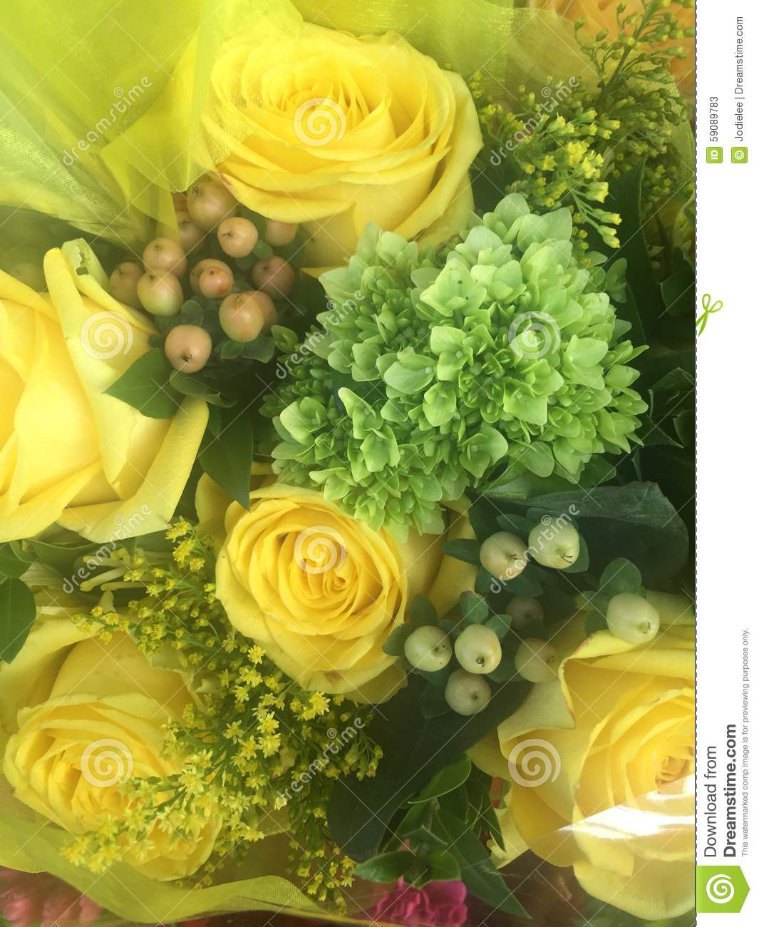 Pretty Bunch Of Yellow Roses In A Floral Bouquet Stock Image Image