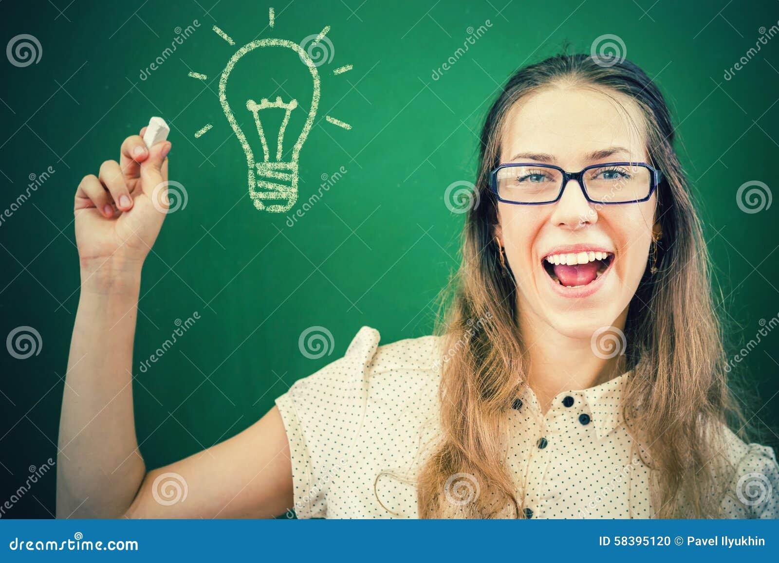 Pretty and creativity teacher or student has good idea!
