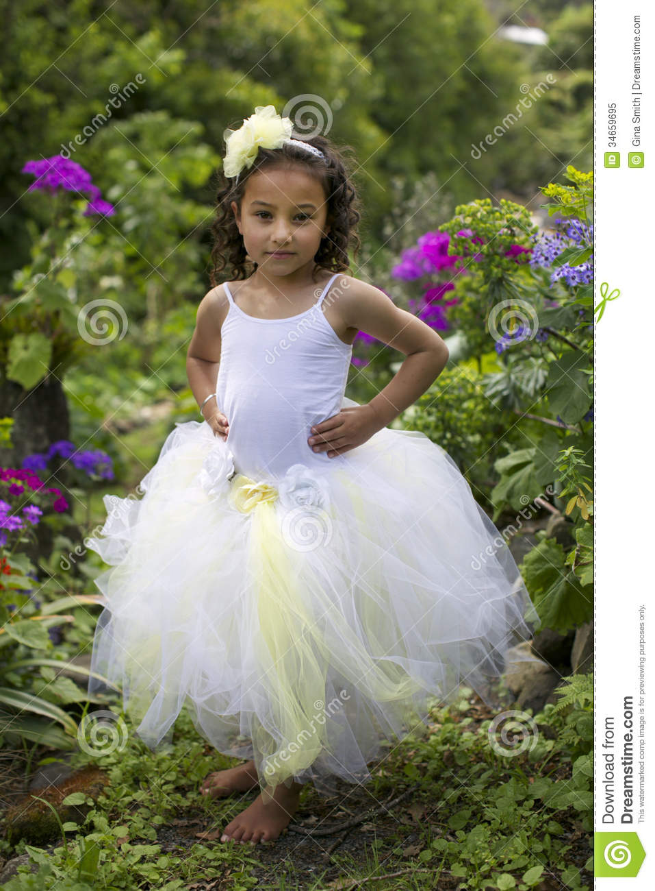 Pretty Flower Girl Stock Image Image Of Bridesmaid 34659695