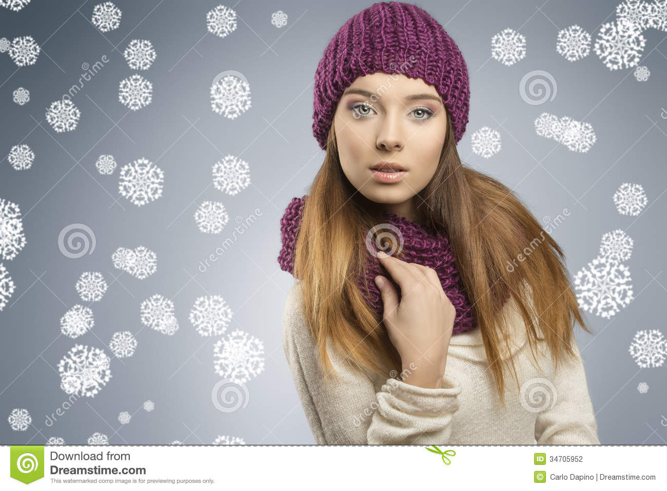 Hair Style Jeans: Pretty Girl With Fashion Winter Clothes Stock Photo