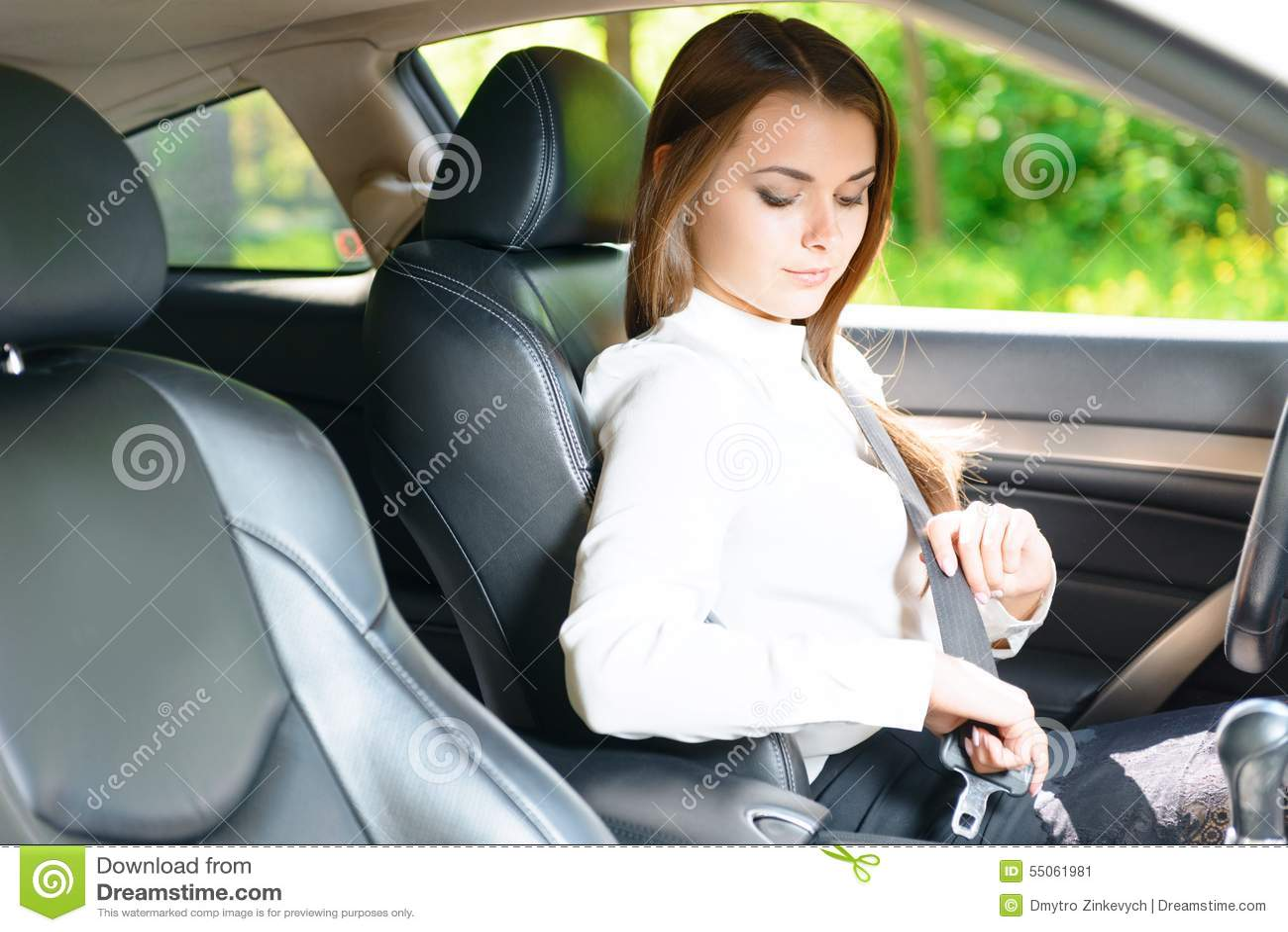 2932x2932 Pubg Android Game 4k Ipad Pro Retina Display Hd: Snap Woman Car Seatbelt Seat Belt Stock Photos Woman Car