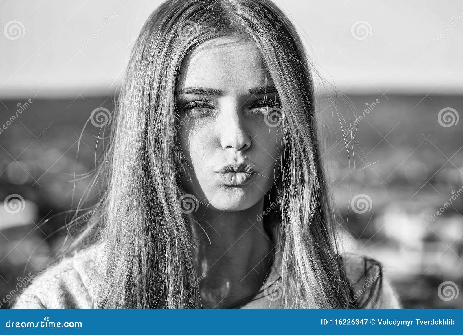 Gorgeous blonde teen girls kissing question Bravo