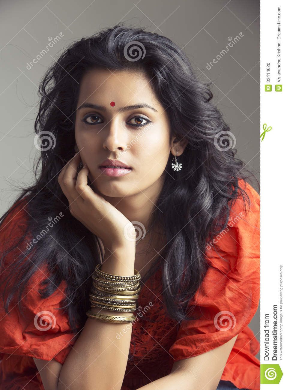 Pretty Indian Young Girl Stock Photo Image 32414620