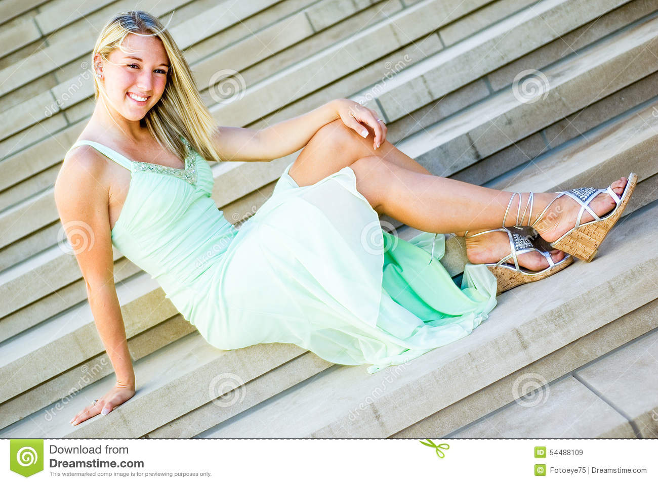 mint girl Young teen
