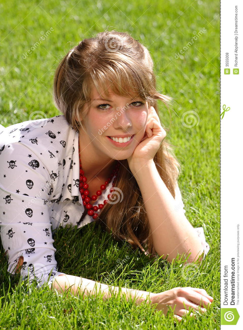 Pretty teen girl on grass royalty free stock photos for Pretty grass