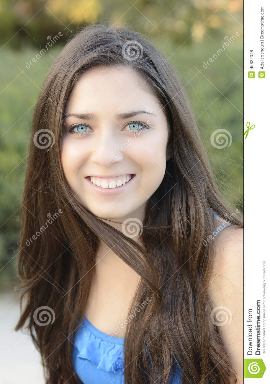 Fashion style Teenage pretty girls with brown hair for girls
