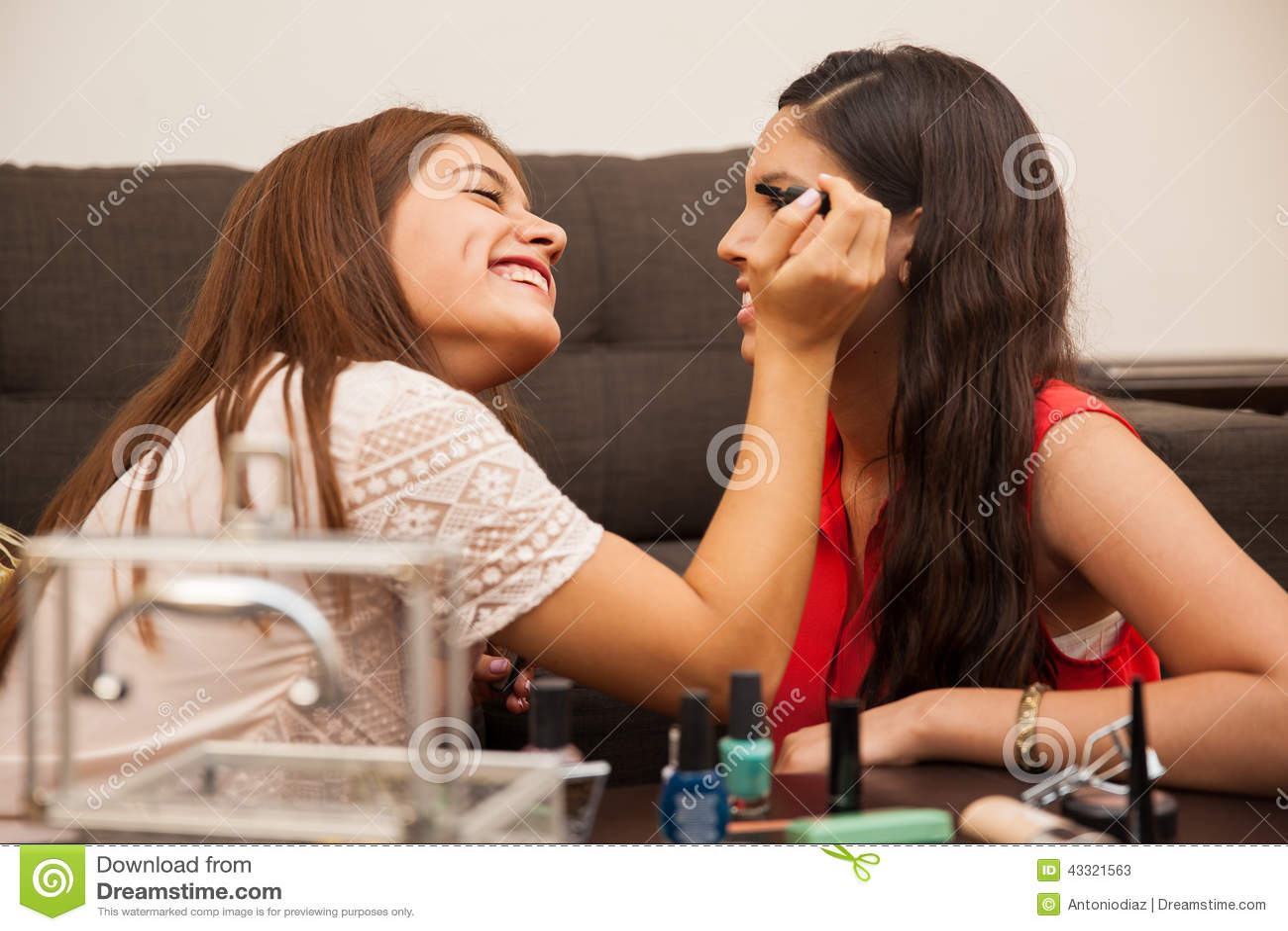 Any Cute teen girl nonude commit error