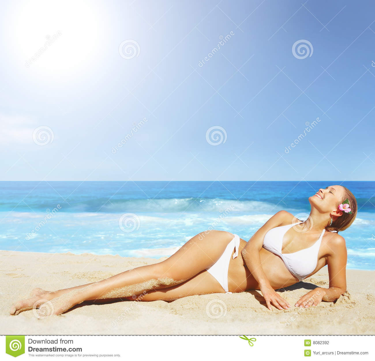 Pretty Woman In Bikini Sunbathing At The Beach Stock Photography ...