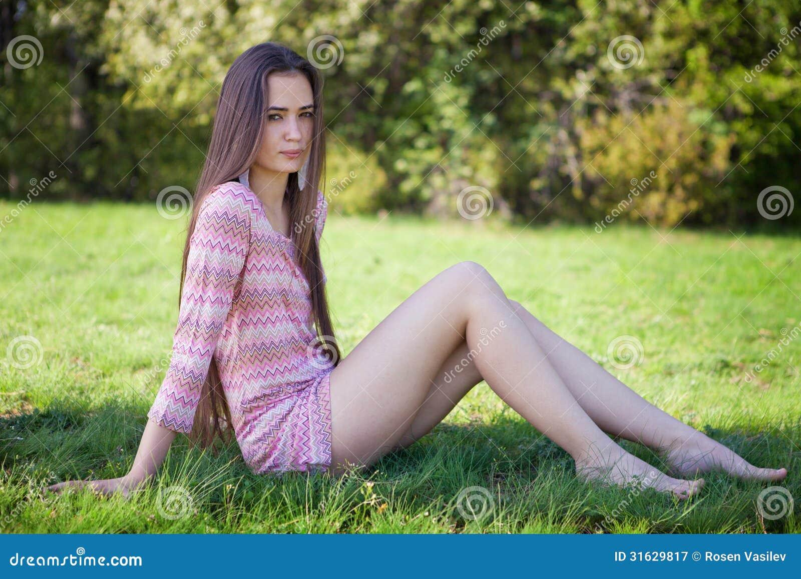 Girl In Grass Skirt Topless | Hot Girl HD Wallpaper
