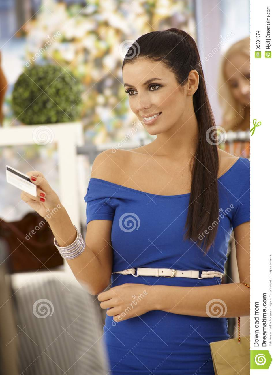 Pretty woman clothing store Cheap online clothing stores