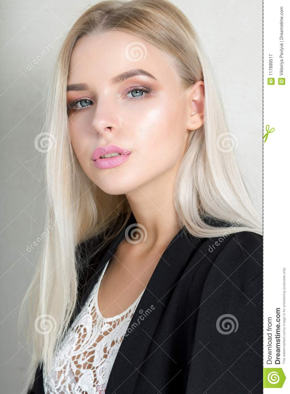 be091e9f169 Pretty Young Blonde Girl With Pink Lips And Long Straight Hair Stock ...