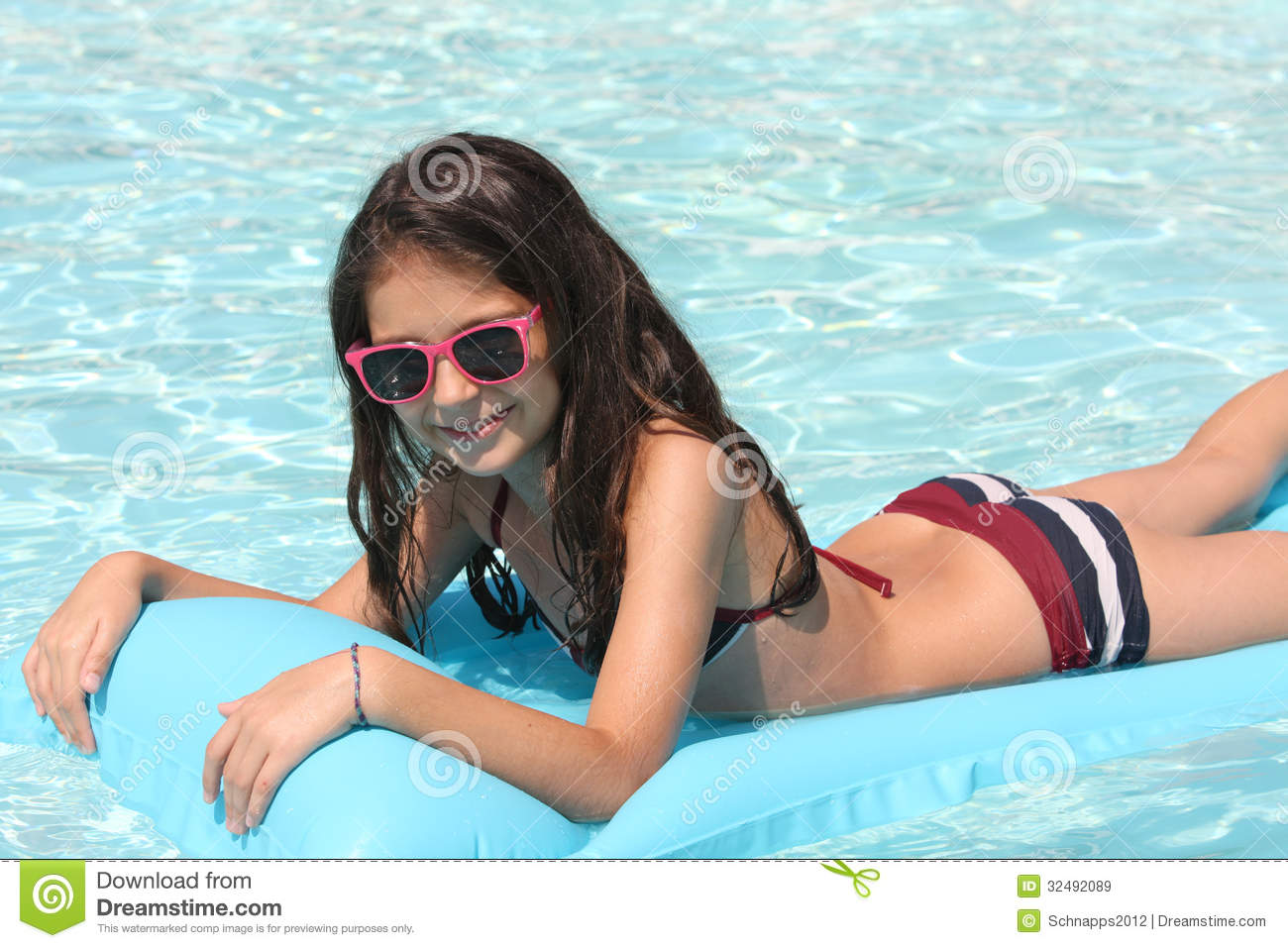 Pretty Young Girl In A Swimming Pool Stock Image Image Of Sunny Pretty 32492089