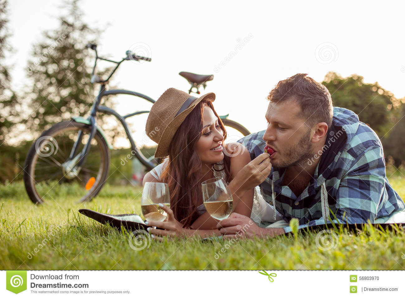 Pretty Young Lovers Are Dating In The Park Stock Photo Image Of