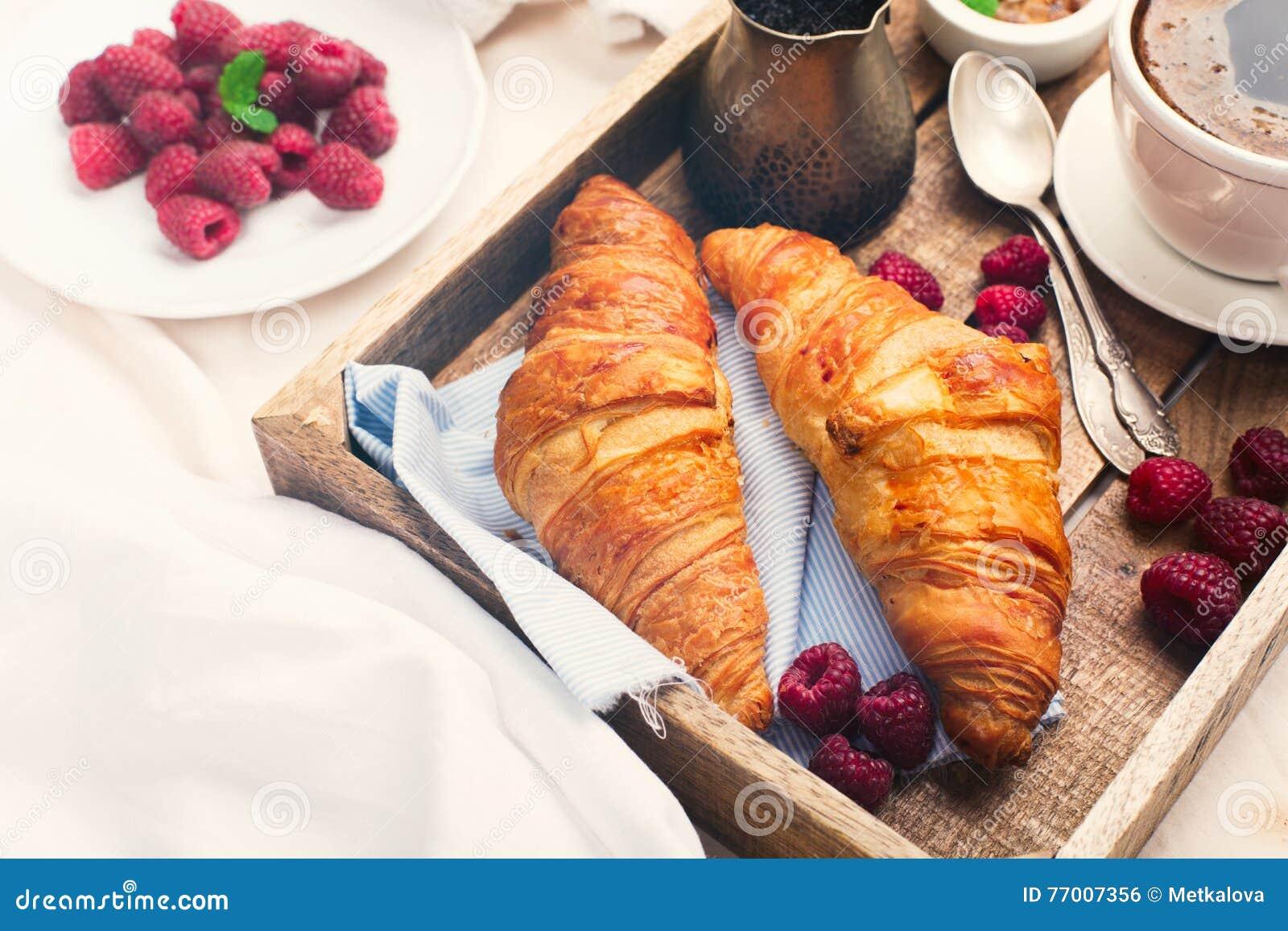 Festa della mamma colazione a letto - Colazione al letto ...