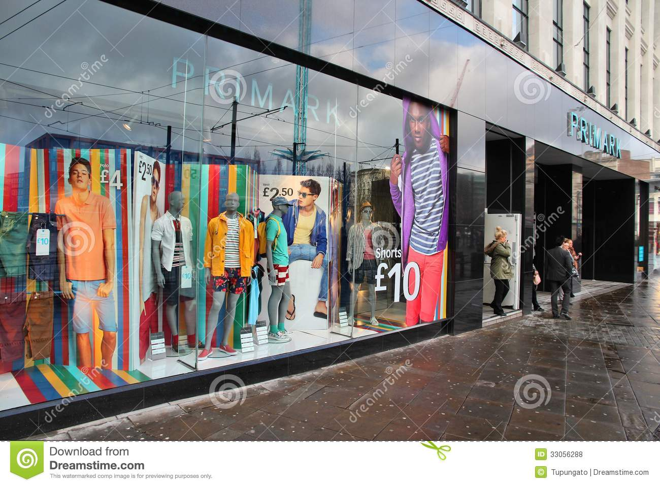 Apply to Retail Clothing Store jobs now hiring in Manchester on nazhatie-skachat.gq, the world's largest job site.