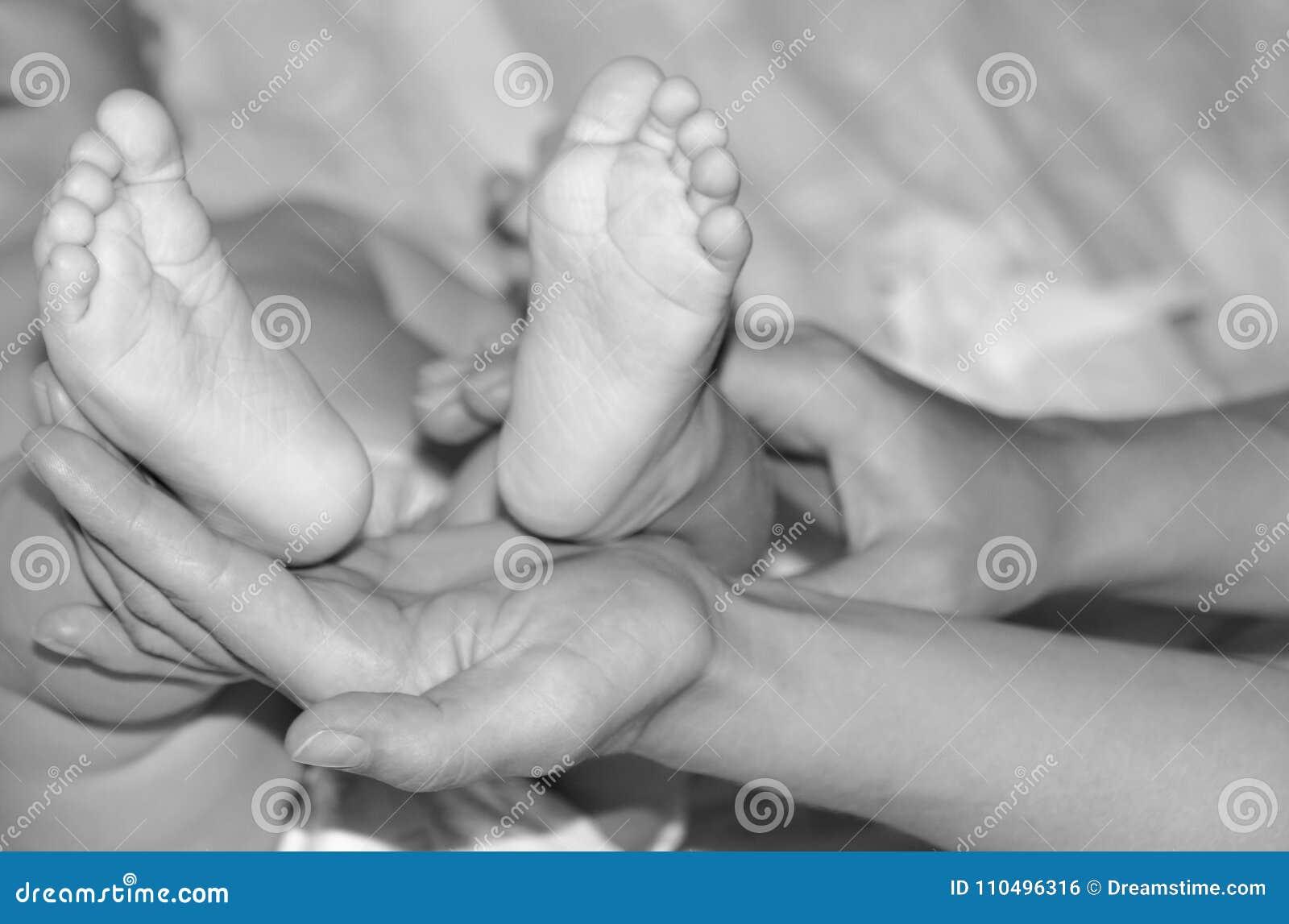 Primeiro ano de vida, maternidade