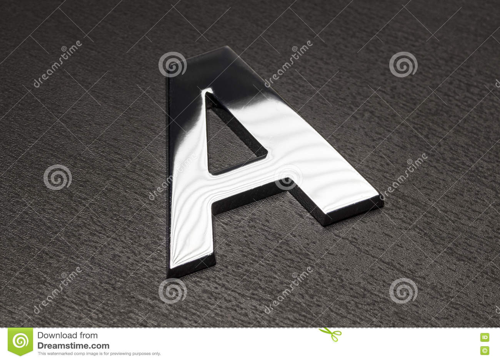 Primer de la letra A de Chrome