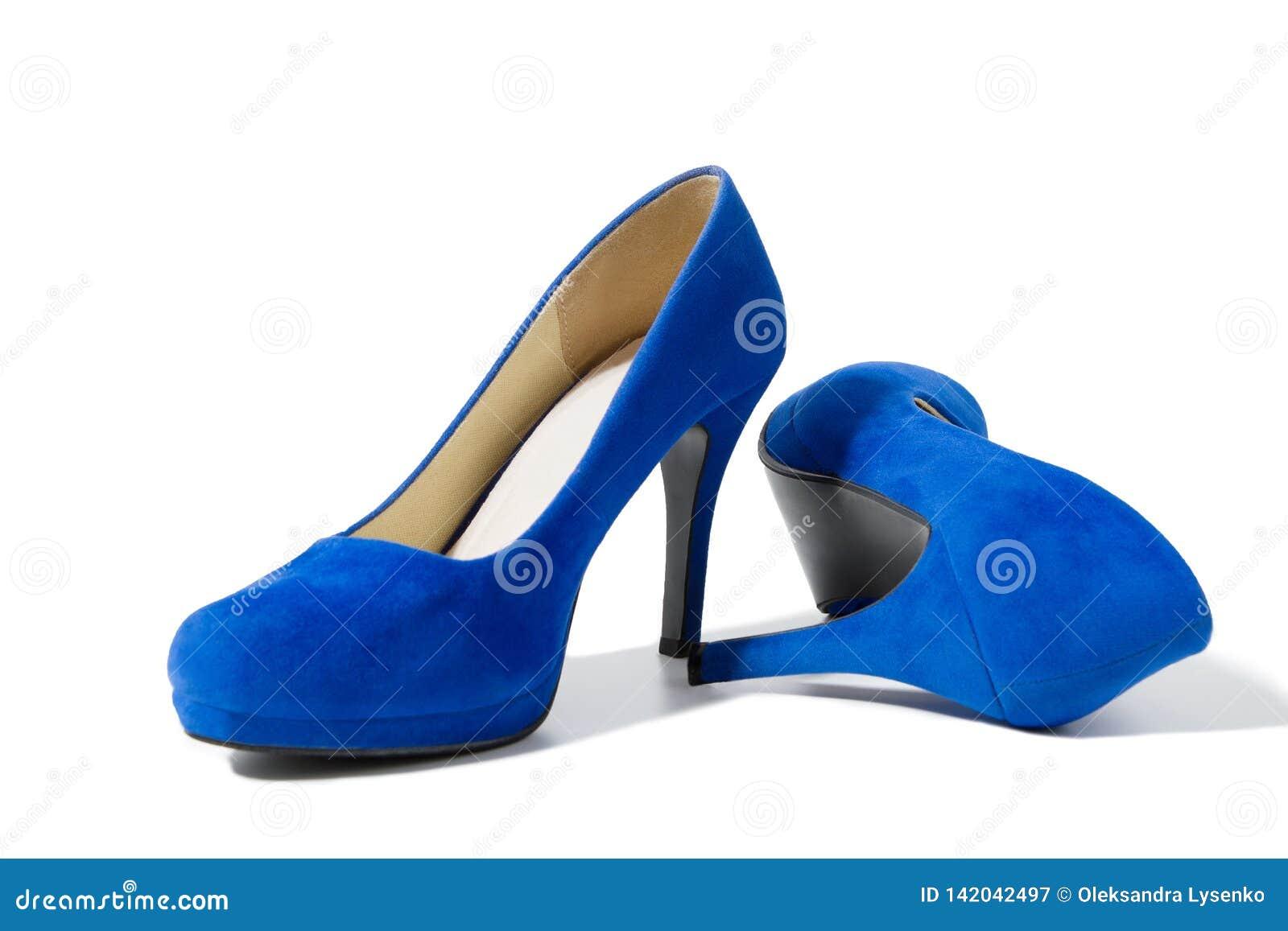 ce22c1978f2e Primer De Los Zapatos De Moda De Los Tacones Altos Aislados En El ...