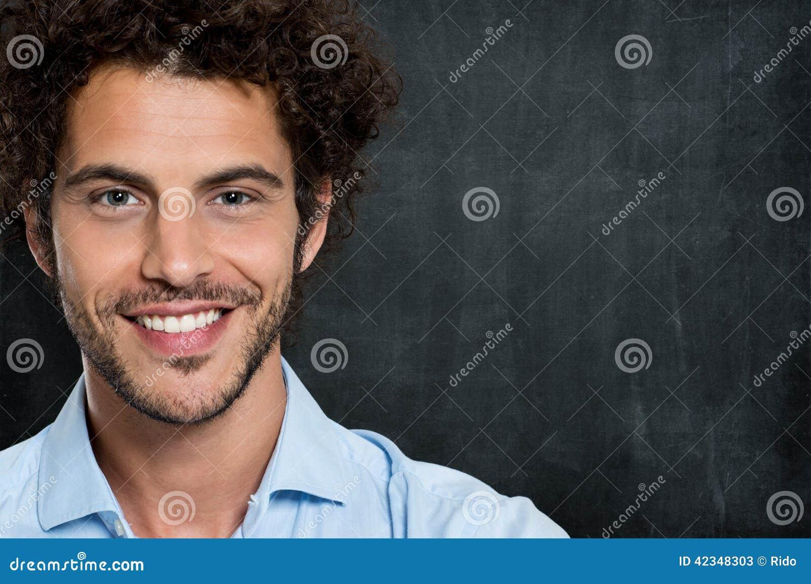 Primer del hombre de negocios feliz
