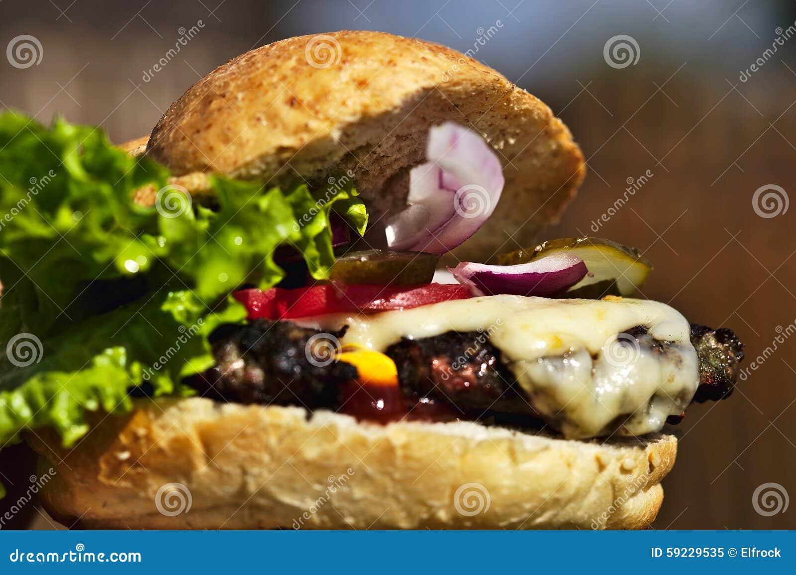 Primer hecho en casa de la hamburguesa