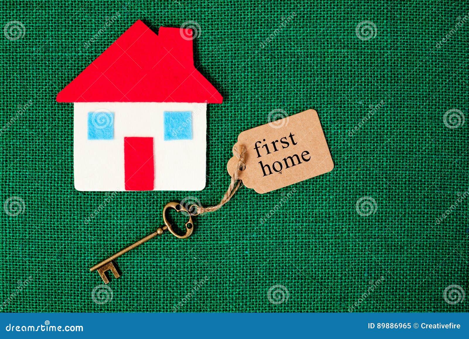Primo domestico di casa