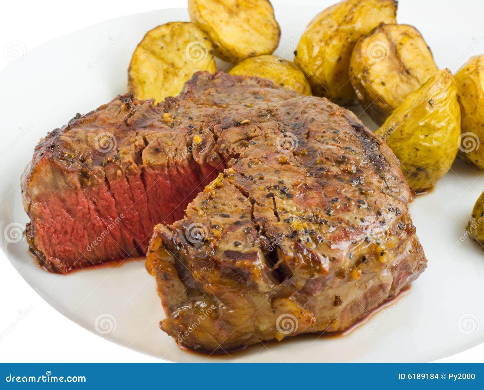 Primo piano della bistecca del filetto