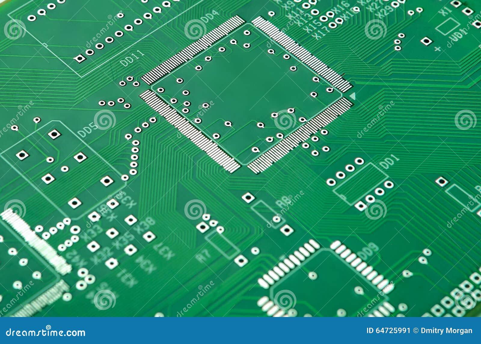 Primo piano sparato di nuovo circuito stampato senza qualsiasi componenti