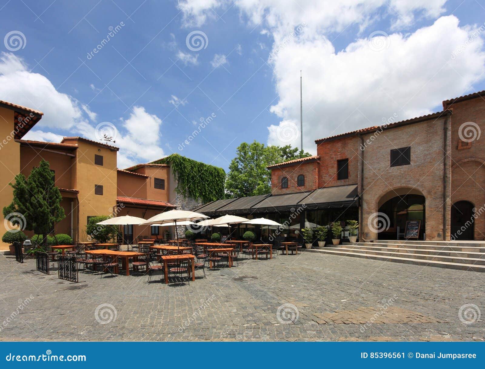 Primo Piazza, arquitectura italiana en Khao Yai, Tailandia