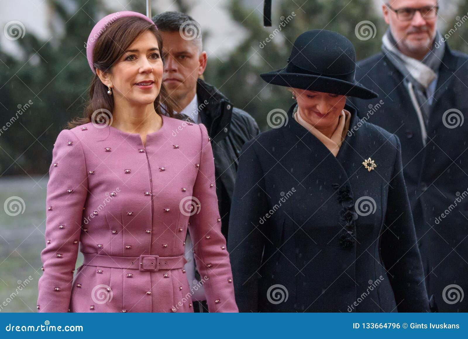 Princesa Real Mary Elizabeth de Dinamarca y primera señora de Letonia, Iveta Vejone