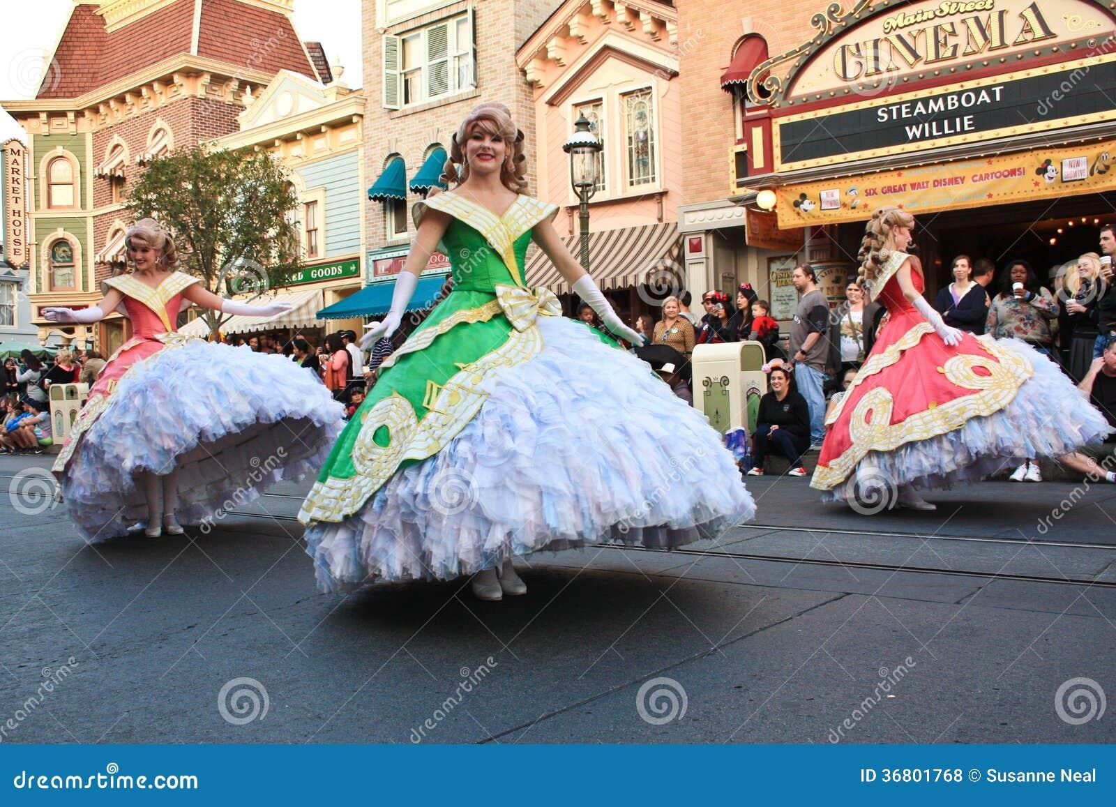 Princesas de Disney en desfile