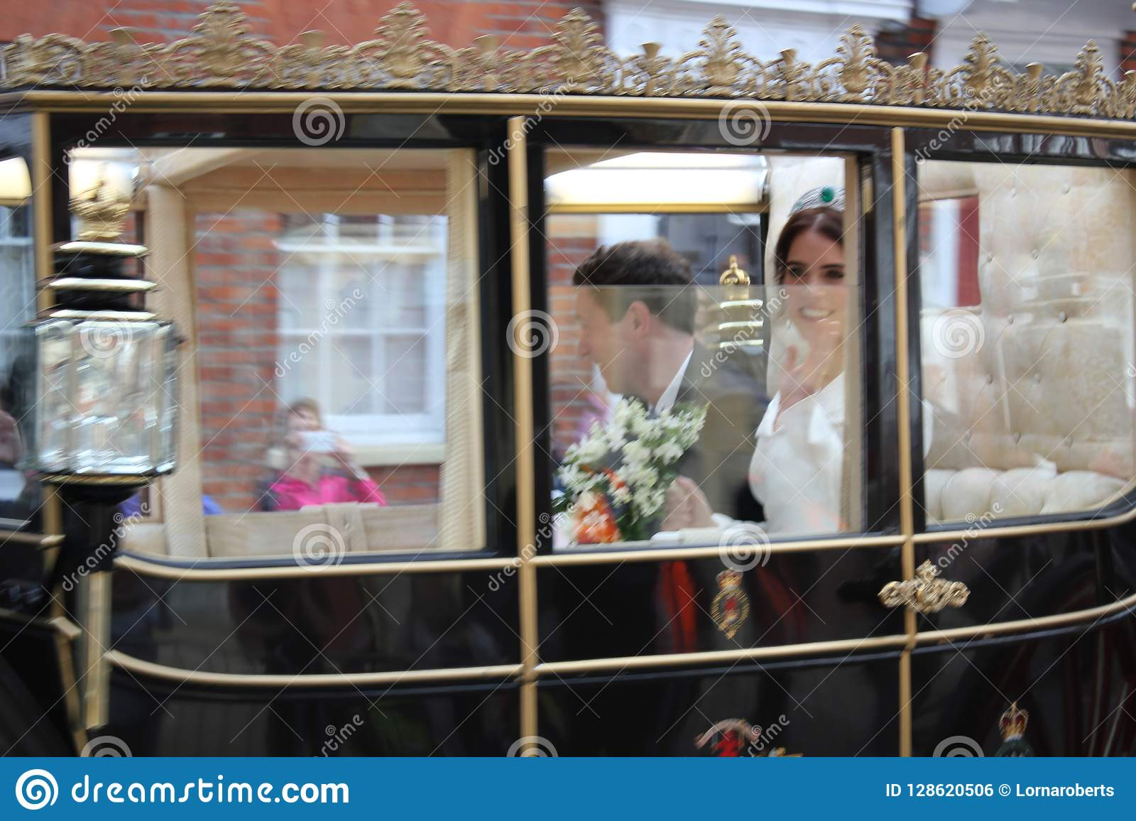 Princess Eugenie & Jack Brooksbank Windsor, Uk - 12/10/2018: Princess Eugenie & Jack Brooksbank wedding procession parade through