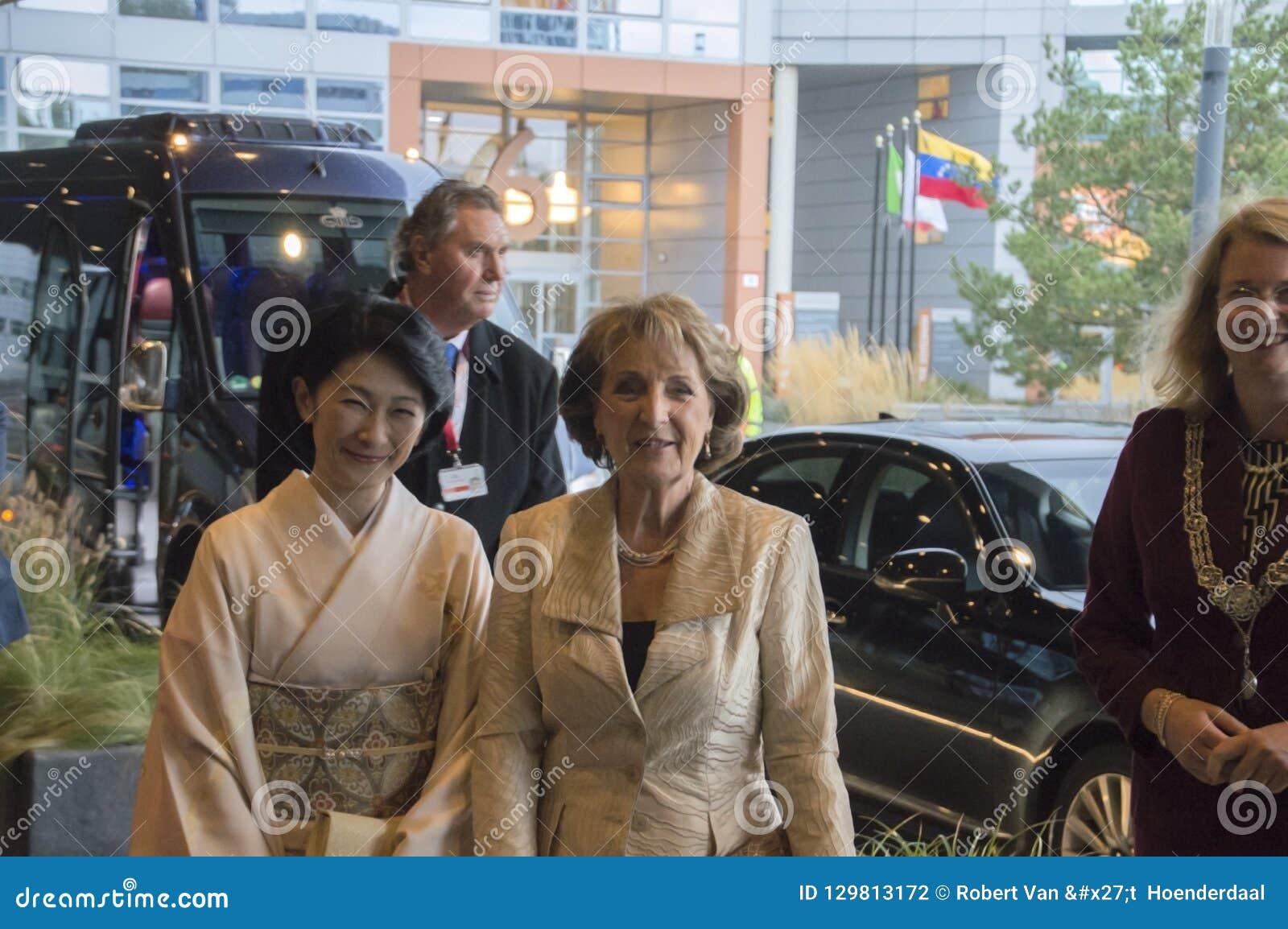 Princess Magriet I Princess Akishino Przy Światową forum meliną Haag Dla ceremonii Światowa konferencja Na Zwalczać TB 2018