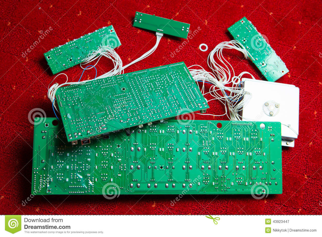 Cast Iron additionally Stock Photo Printed Circuit Boards Red Background Image43923447 besides Rebar besides Metal Recycling Copper Aluminum Scrap Prices Jacksonville FL besides Red Brass. on electronics scrap prices