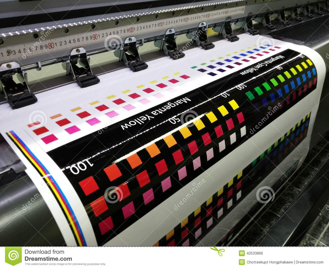 Color printing test - Test Printed Color Swatch On Wide Format Digital Printer